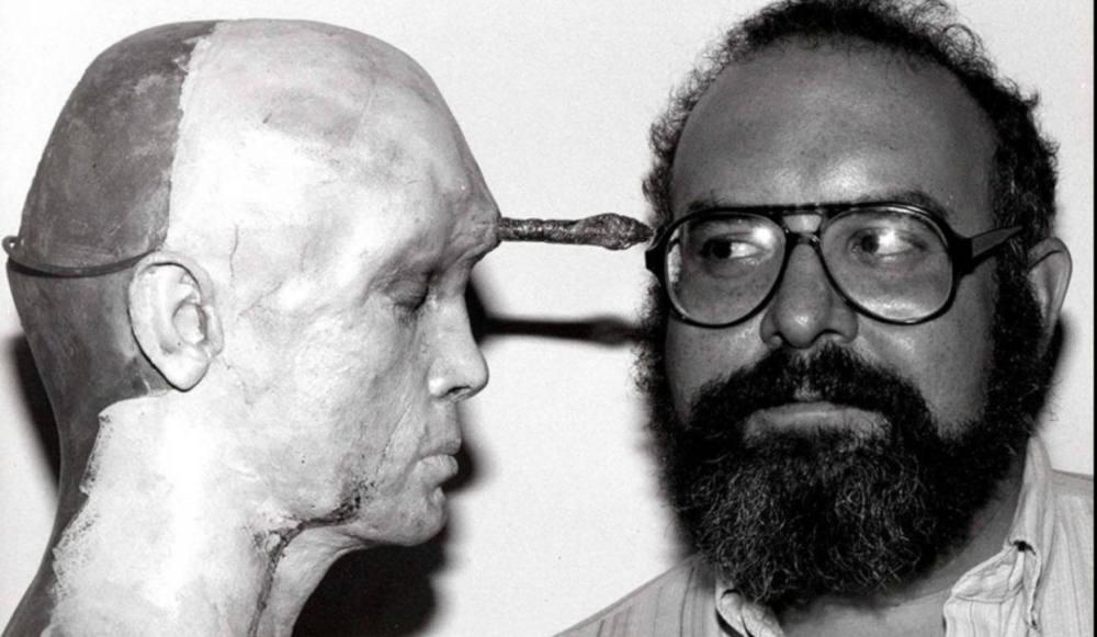 STUART GORDON El autor tras la máscara - Dirigido por
